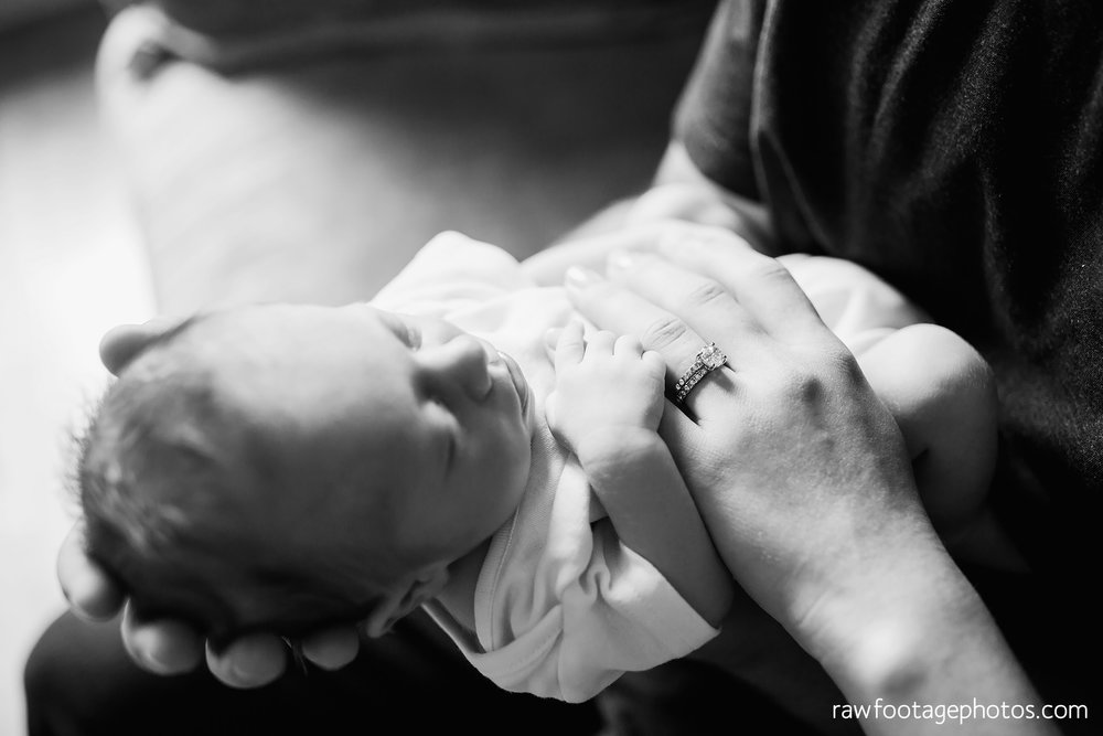london_ontario_newborn_photographer-newborn_lifestyle_photography-baby_boy-raw_footage_photography019.jpg