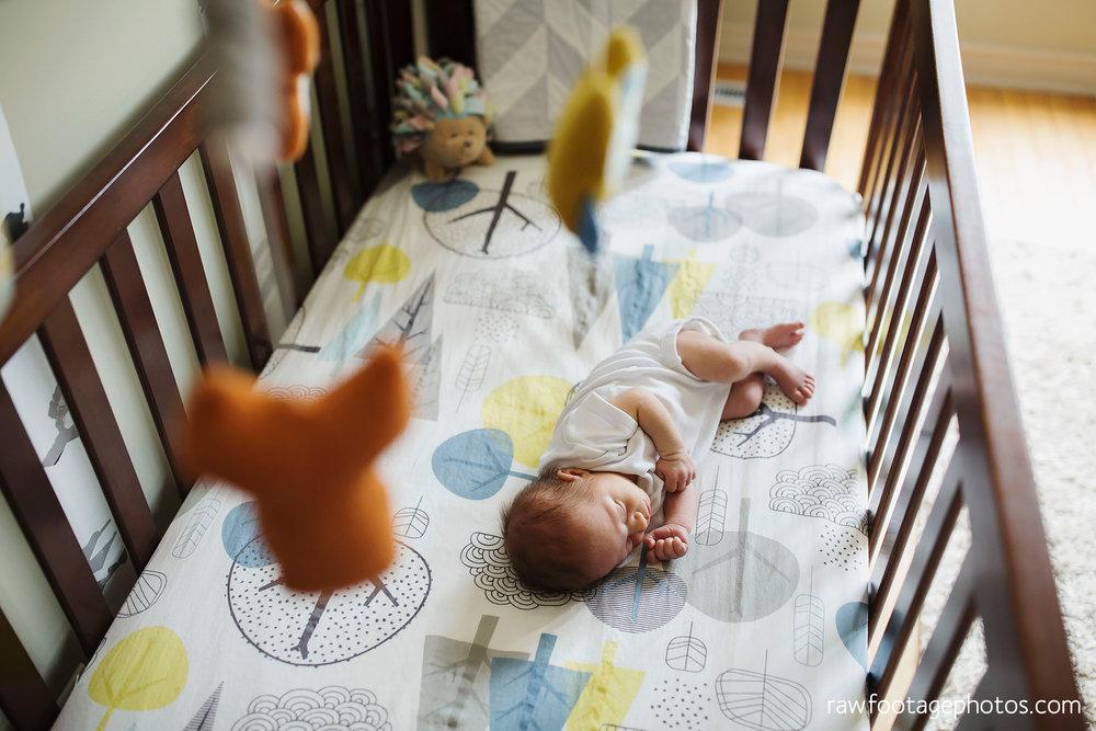 london_ontario_newborn_photographer-newborn_lifestyle_photography-baby_boy-raw_footage_photography024.jpg