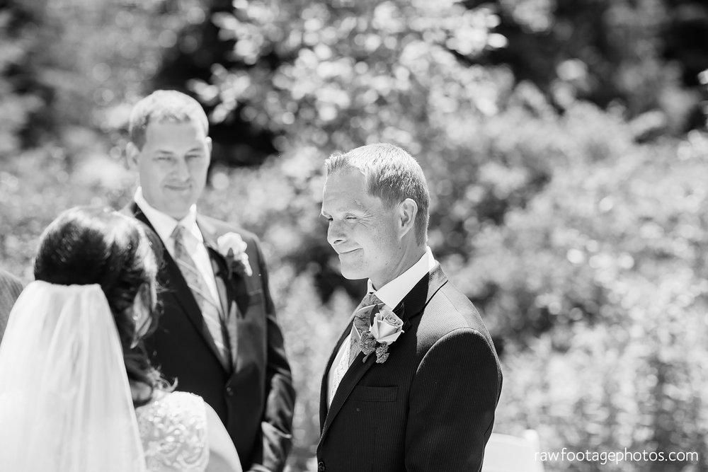 london_ontario_wedding_photographer-backyard_wedding-raw_footage_photography016.jpg