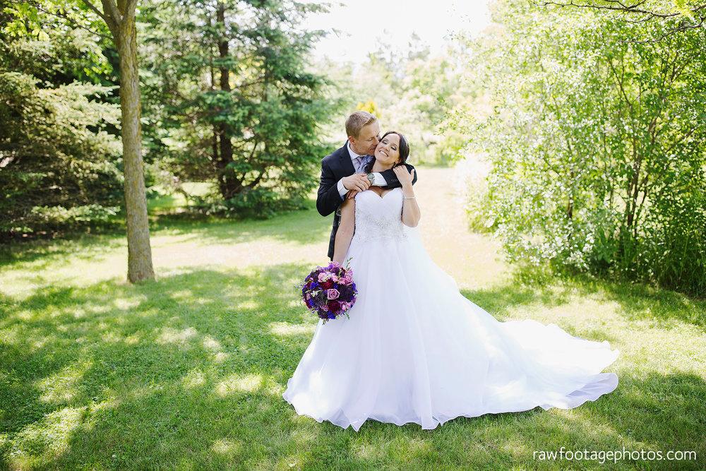london_ontario_wedding_photographer-backyard_wedding-raw_footage_photography027.jpg
