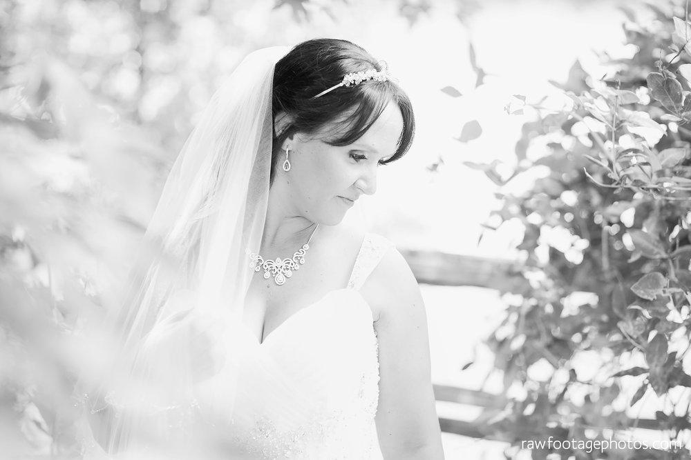 london_ontario_wedding_photographer-backyard_wedding-raw_footage_photography030.jpg