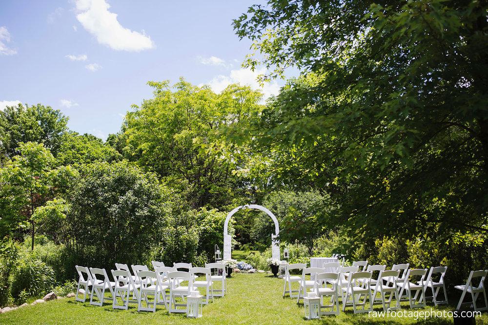 london_ontario_wedding_photographer-backyard_wedding-raw_footage_photography002.jpg