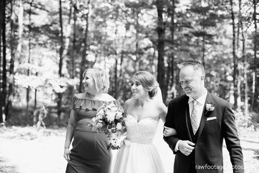 London_Ontario_Wedding_Photographer-Raw_Footage_photography-Forest_wedding-Woodsy_wedding-DIY_Wedding-Candid_Wedding_Photography020.jpg