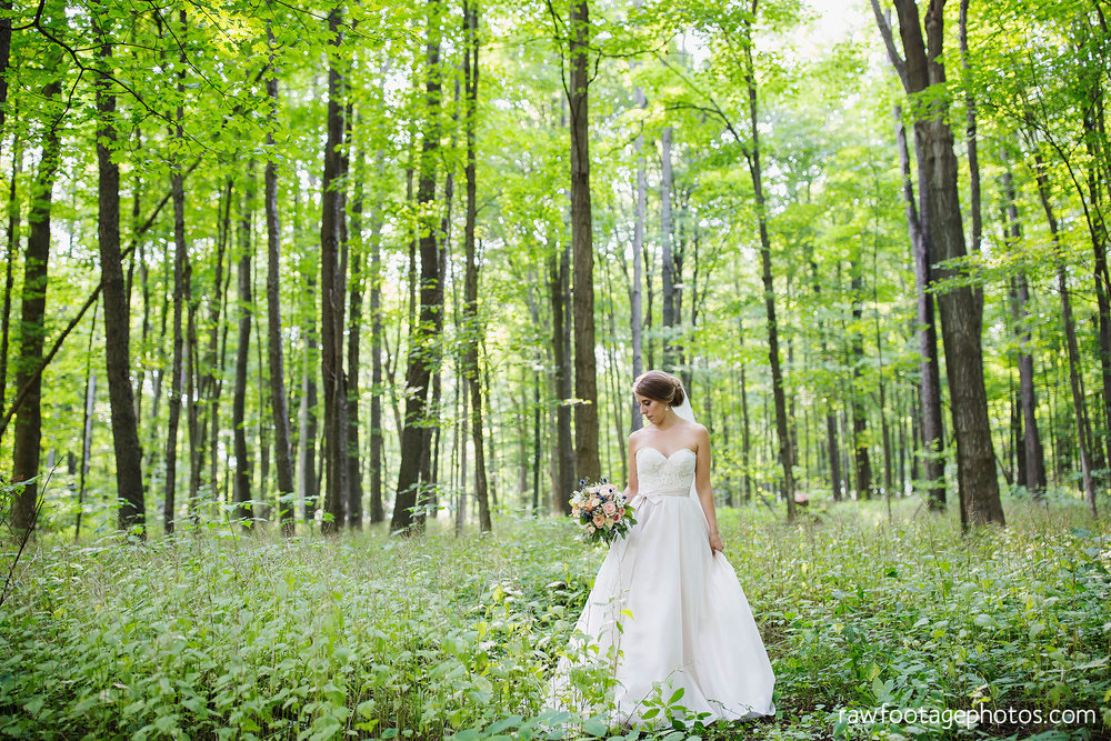 London_Ontario_Wedding_Photographer-Raw_Footage_photography-Forest_wedding-Woodsy_wedding-DIY_Wedding-Candid_Wedding_Photography067.jpg