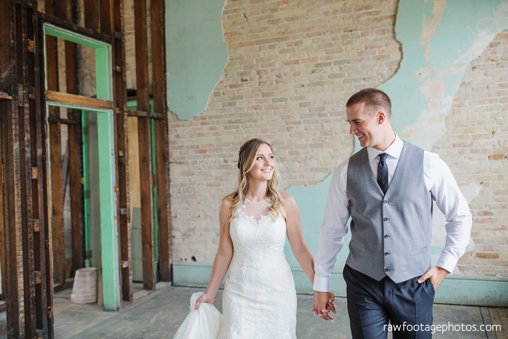 london_ontario_wedding_photographer-caso_train_station_wedding-st_thomas_photographer-raw_footage_photography008.jpg