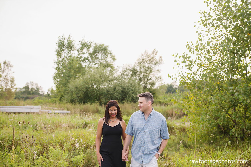 LONDON_ONTARIO_FAMILY_PHOTOGRAPHER-FALL_FAMILY_SESSION-RAW_FOOTAGE_PHOTOGRAPHY007.jpg