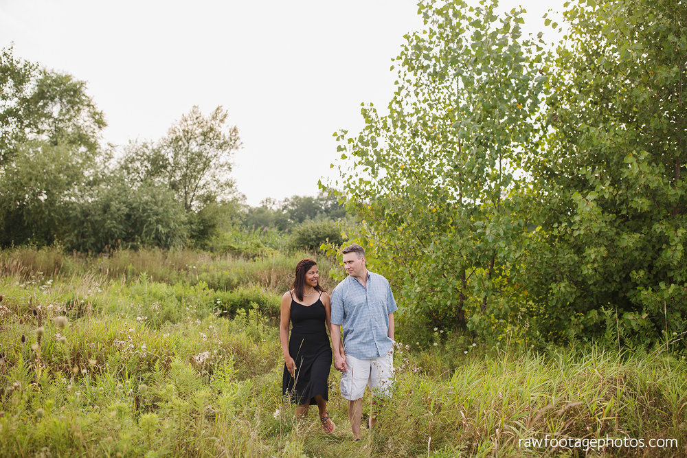 LONDON_ONTARIO_FAMILY_PHOTOGRAPHER-FALL_FAMILY_SESSION-RAW_FOOTAGE_PHOTOGRAPHY006.jpg