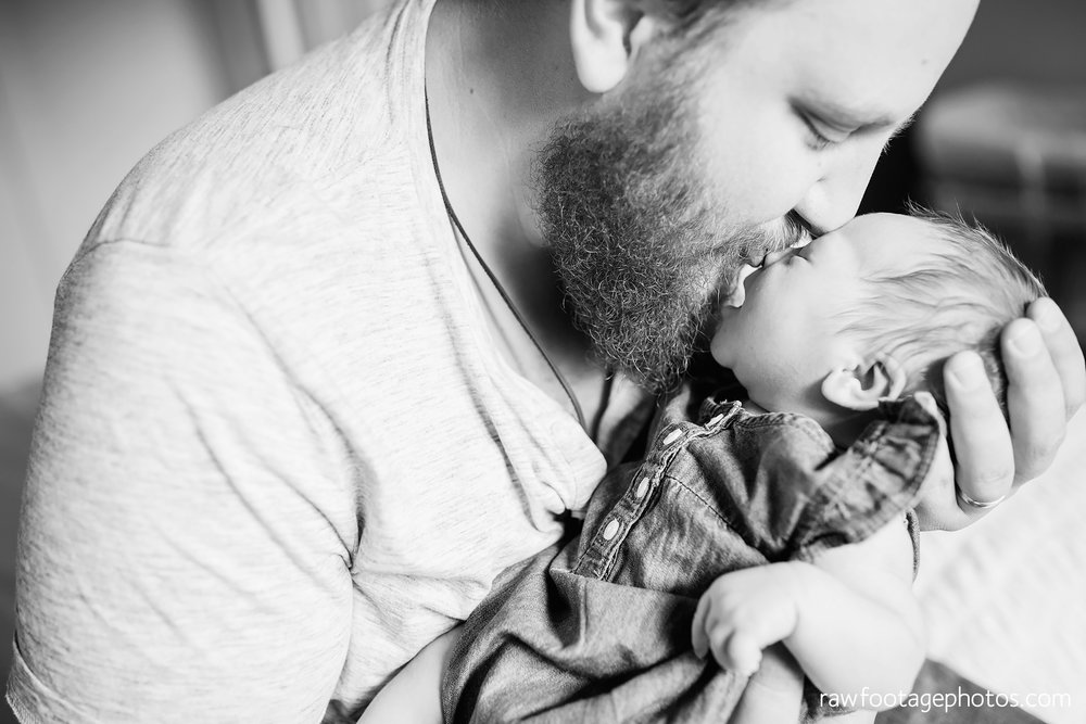 london_ontario_newborn_lifestyle_photography-in_home_newborn_session-raw_footage_photography016.jpg
