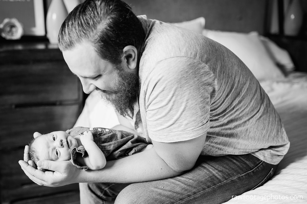 london_ontario_newborn_lifestyle_photography-in_home_newborn_session-raw_footage_photography013.jpg