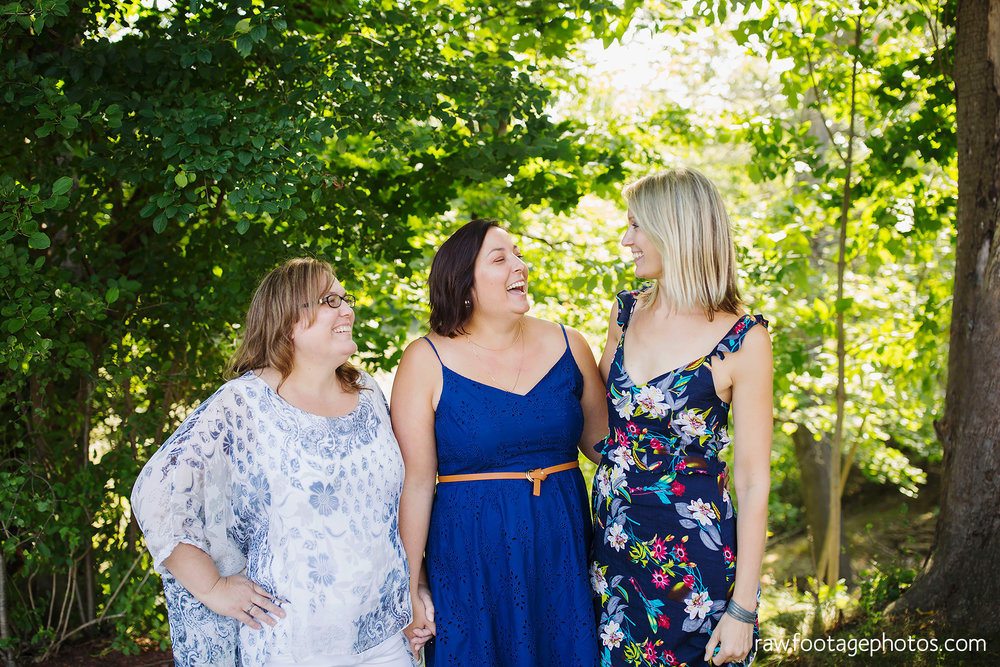 london_ontario_extended_family_backyard_session-raw_footage_photography030.jpg