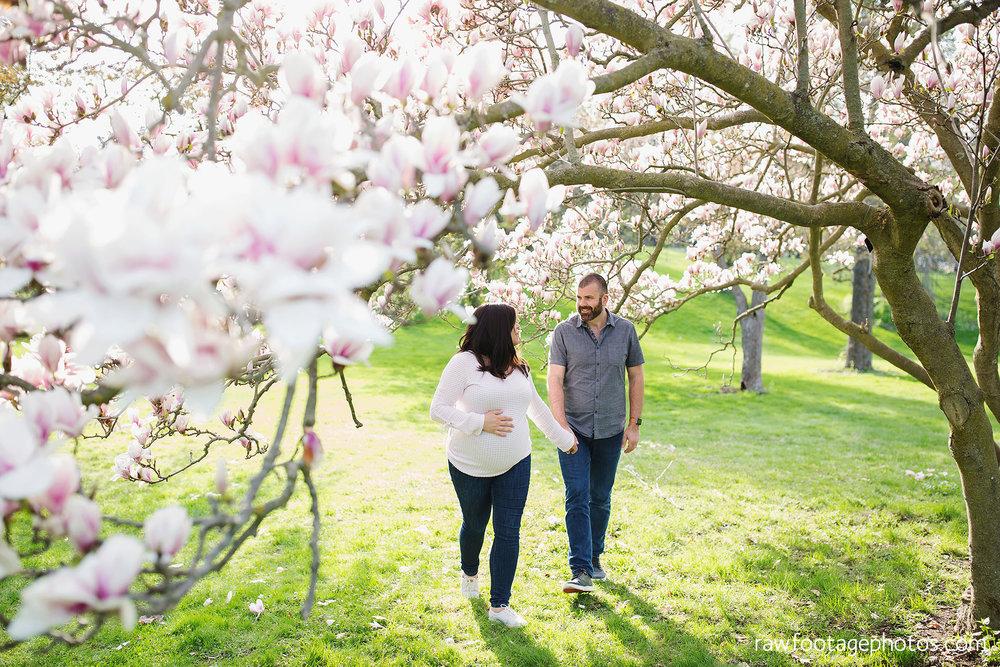 london_ontario_family_photographer-raw_footage_photography-spring_blossom_mini_sessions-magnolia-springbank_park002.jpg