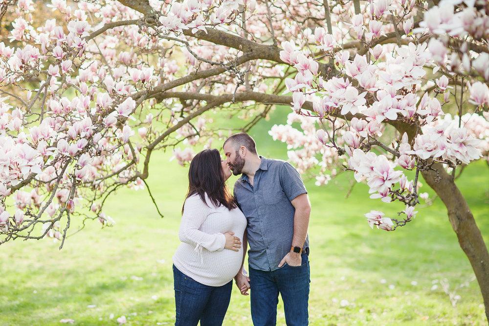 london_ontario_family_photographer-raw_footage_photography-spring_blossom_mini_sessions-magnolia-springbank_park022.jpg