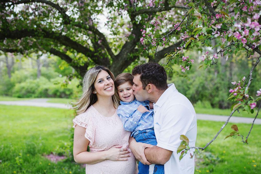 london_ontario_family_photographer-raw_footage_photography-spring_blossom_mini_sessions-magnolia-springbank_park029.jpg