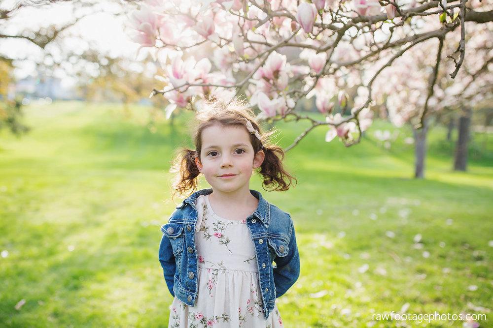 london_ontario_family_photographer-raw_footage_photography-spring_blossom_mini_sessions-magnolia-springbank_park034.jpg