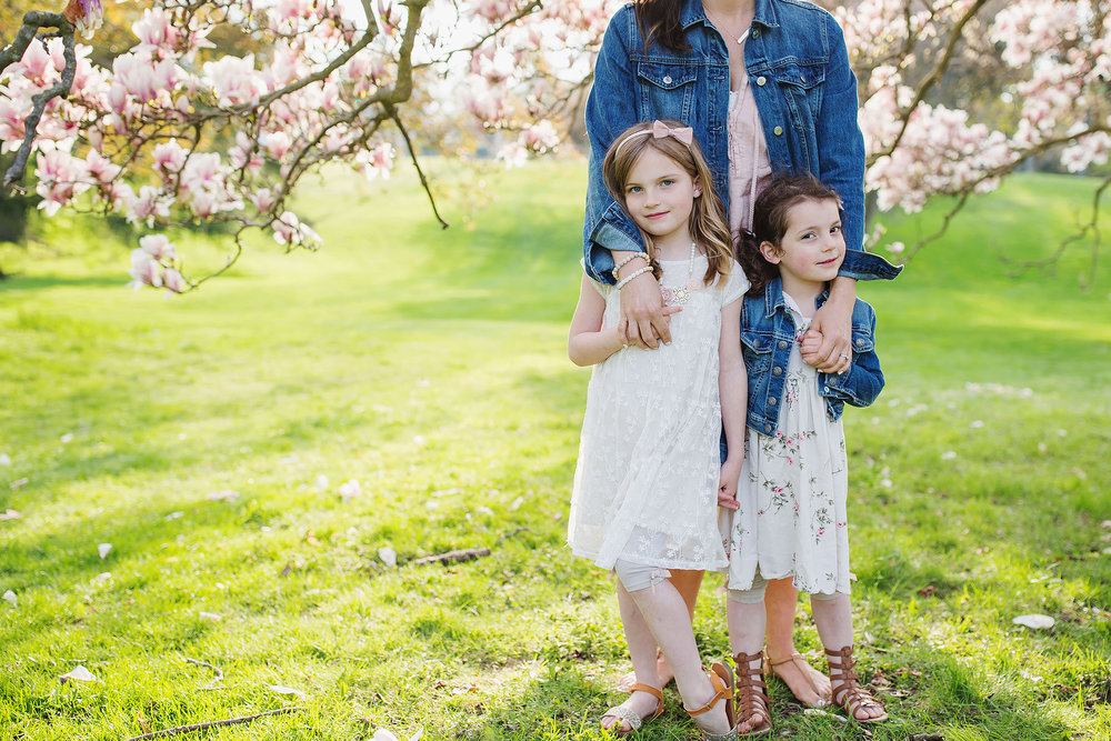 london_ontario_family_photographer-raw_footage_photography-spring_blossom_mini_sessions-magnolia-springbank_park035.jpg