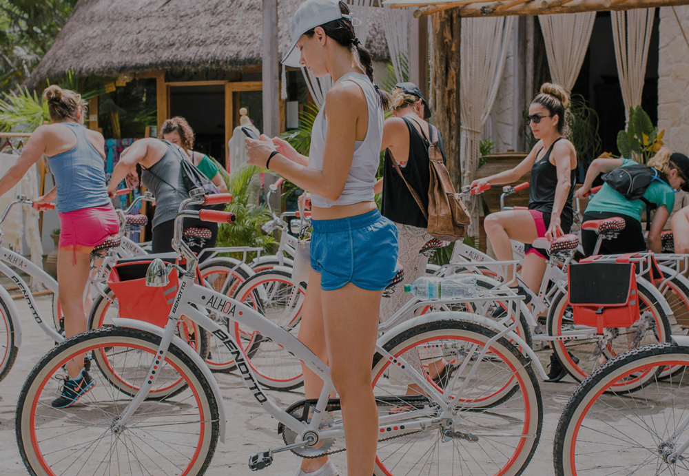 BIKE RIDE TO THE LOCAL RUINS OF TULUM - The beautiful ruins of Tulum are located about 30 minutes by bike from Amansala. Included are rental of bikes, entrance fee and a guide. Lasts approximately 2.5 hours.
