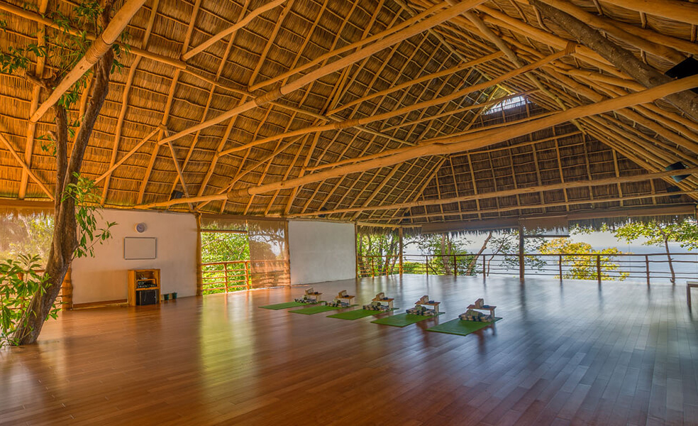 6.YogaStudio-1140x600.jpg