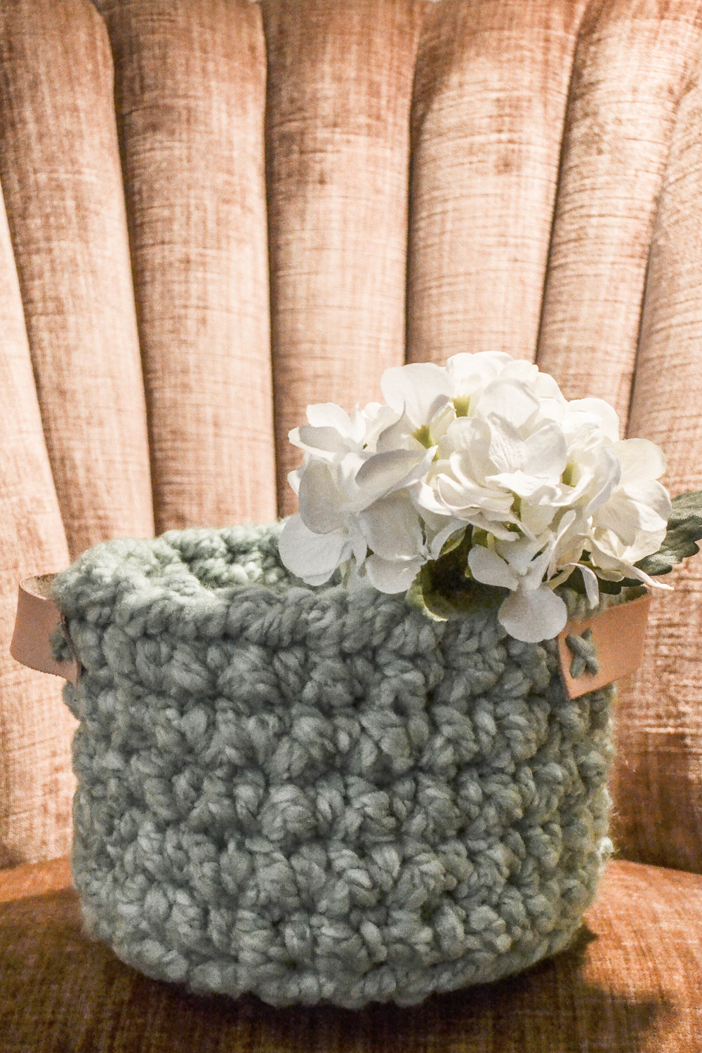 Easy DIY crocheted basket