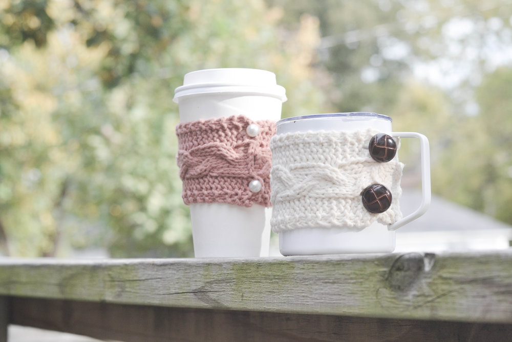 Easy DIY cable knit coffee cozy