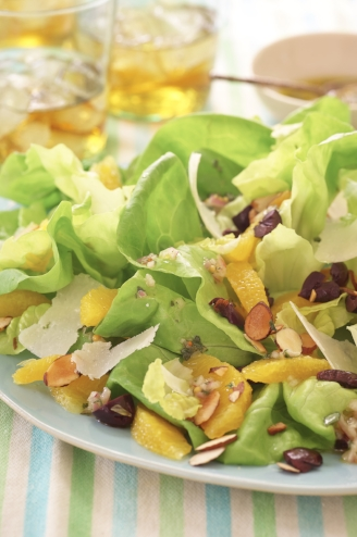 Butter Lettuce with Oranges, Olives, and Tarragon Vinaigrette
