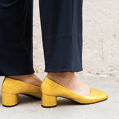 COCLICO - Elegant shoe brand that partners with Native Energy to track its annual in-house carbon usage and offsets this amount by investing in international renewable energy projects.