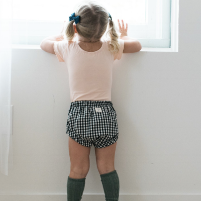Billie blooms - For every pair of baby bloomers sold, the brand donates $1 to Every Mother Counts in their effort to making pregnancy & childbirth safe for every mother.