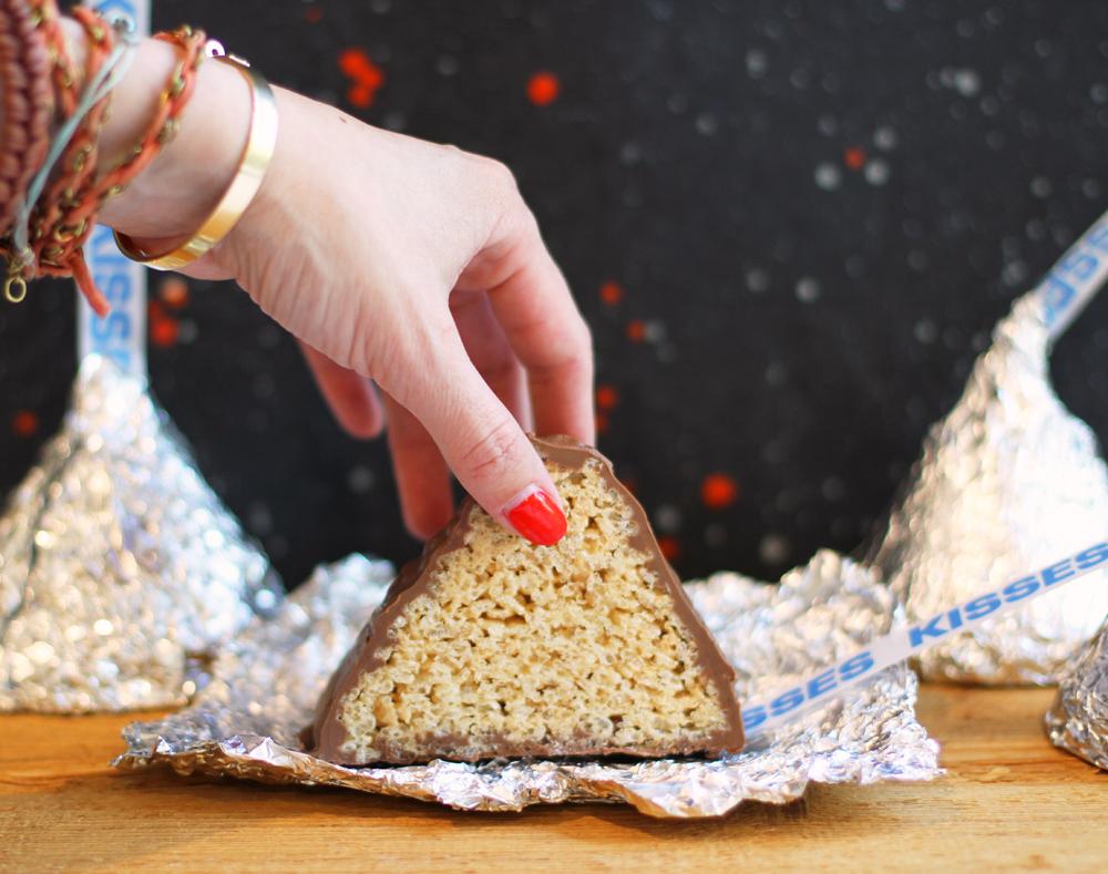 RiceKrispieTreatKissLilyshop1.jpg