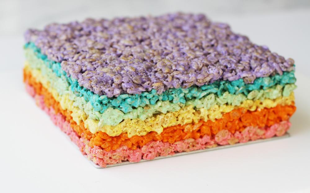 RainbowRiceKrispiesTreatsLilyshopMain2.jpg