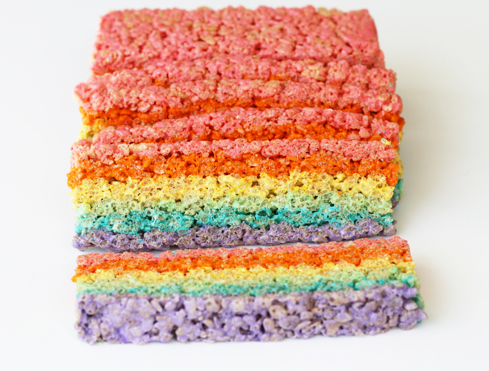RainbowRiceKrispiesTreats8.jpg