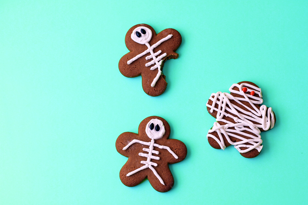 GingerbreadMenSkeletonsLilyshop1.jpg