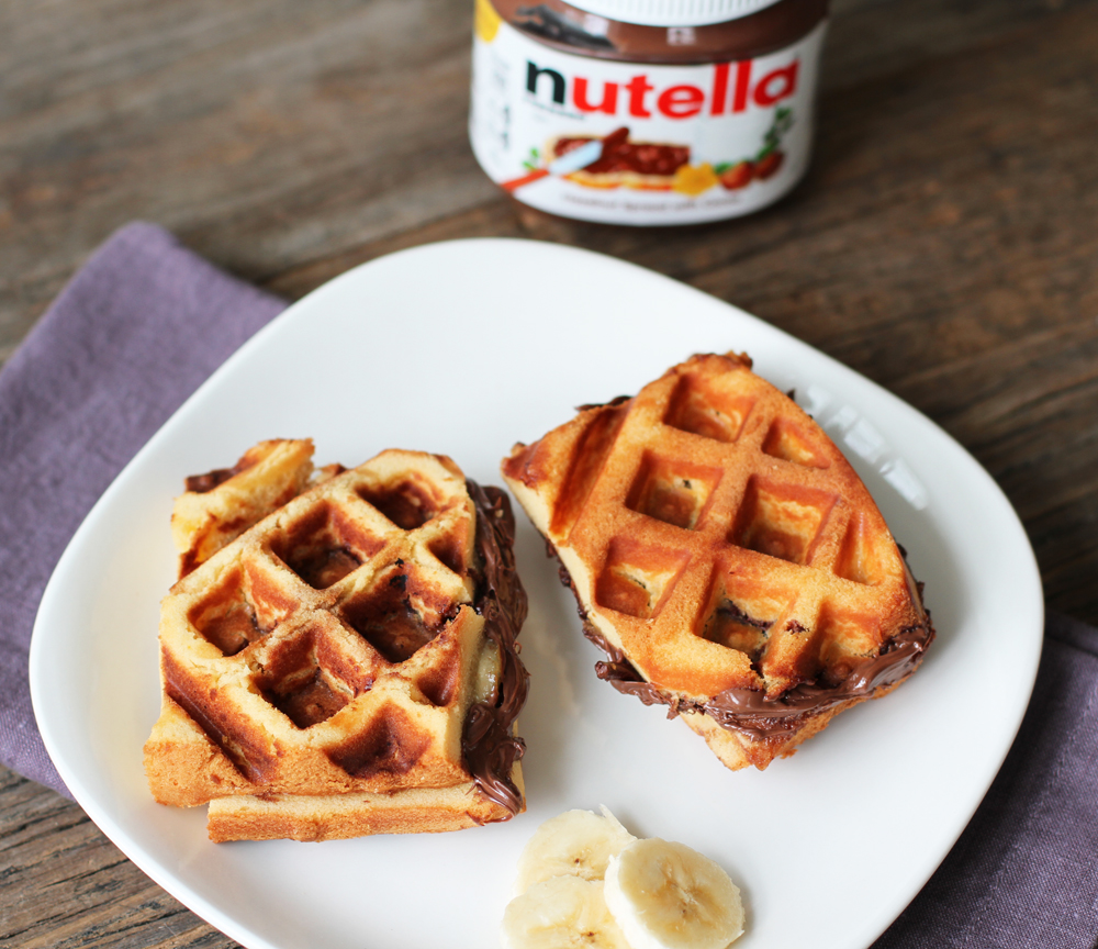 NutellaBananaWaffleSandwich1.jpg