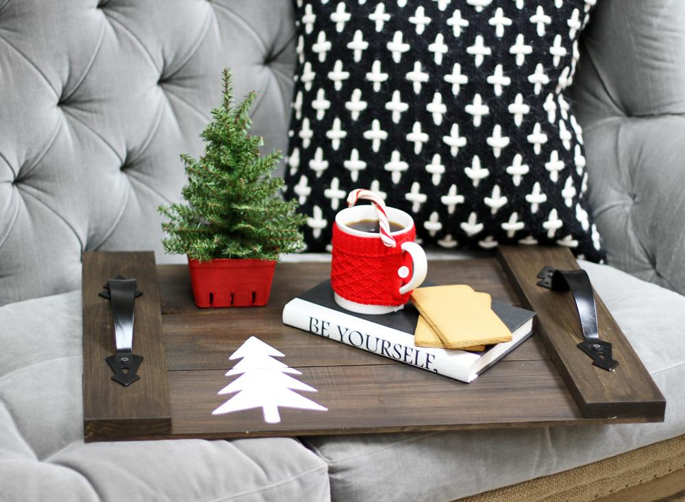 ChristmasTray1Lilyshop.jpg