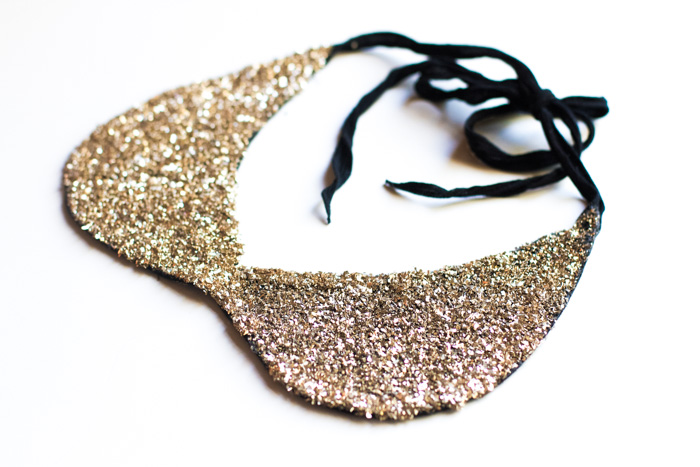 PeterPannecklaceglitter.jpg