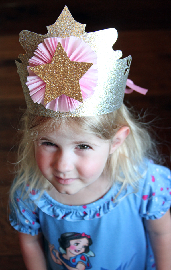 Click here to download:  Princess Glitter Crown