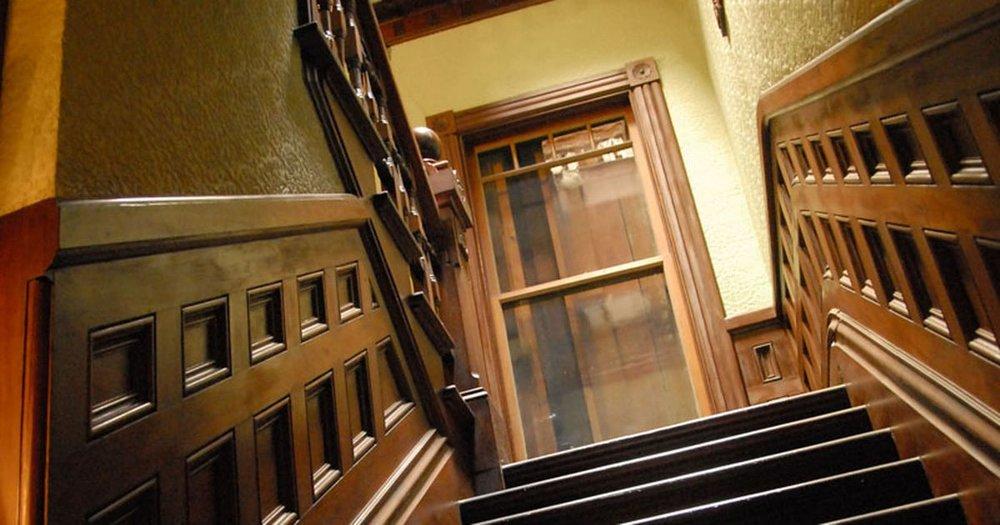 Winchester-Mystery-House.jpg