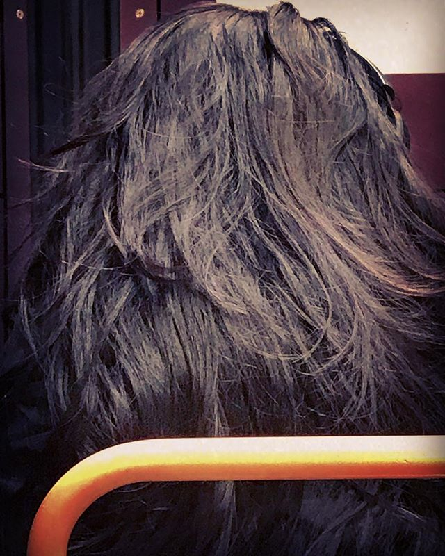 I like to take non-identifying pictures of people on the train so I can use them for drawing references later. Look at this amazing hair. It had been tied up in a bun, and she just let it go without even taking off her bulky, futuristic headphones. It all cascaded so beautifully down her shoulders. Thanks for this moment, stranger.