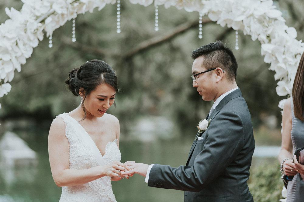 Sydney Wedding Photography Auburn Botanic Gardens - 045.jpg