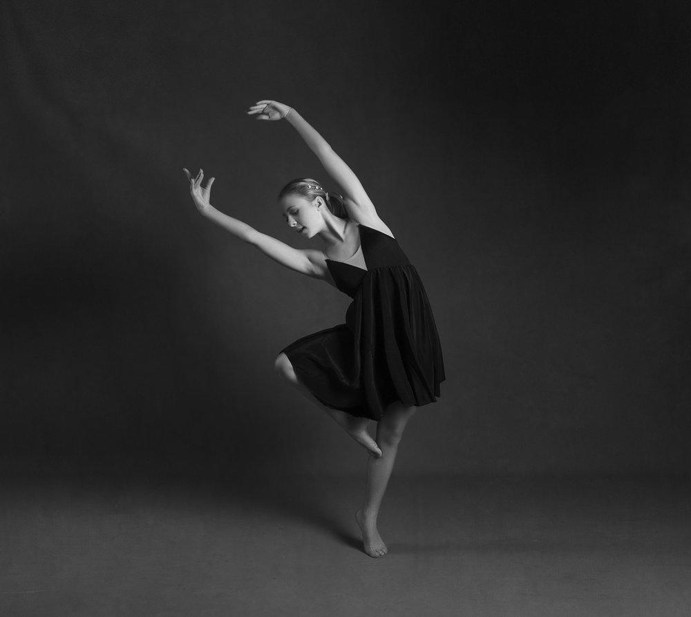 elizabethgphotography_kingslangley_hertfordshire_fineart_dance_photography_01.jpg