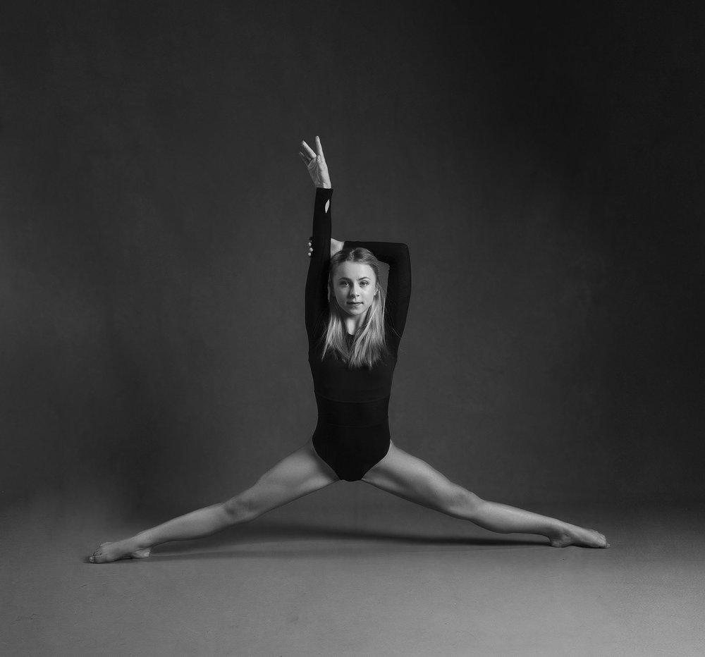 elizabethgphotography_kingslangley_hertfordshire_fineart_dance_photography_02.jpg