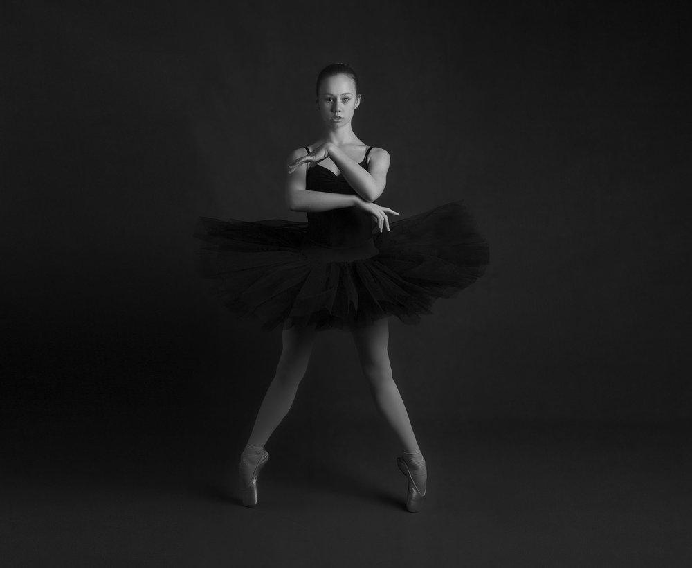 elizabethgphotography_kingslangley_hertfordshire_fineart_dance_photography_37.jpg