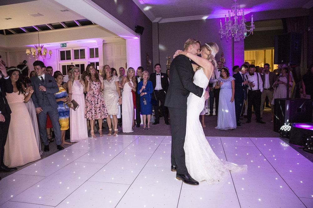 elizabethgphotography_kingslangley_hertfordshire_fineart_wedding_stmichaelsmanor_hotel_stalbans_luciejack_39.jpg