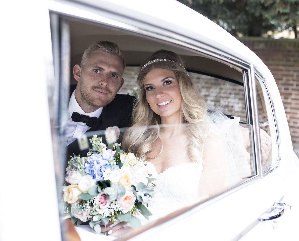 elizabethgphotography_kingslangley_hertfordshire_fineart_wedding_stmichaelsmanor_hotel_stalbans_luciejack_27.jpg