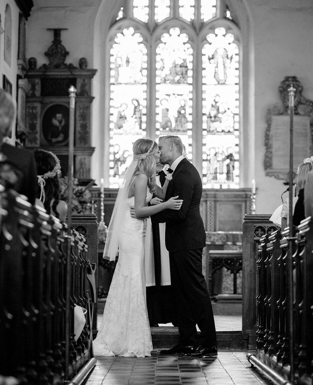 elizabethgphotography_kingslangley_hertfordshire_fineart_wedding_stmichaelsmanor_hotel_stalbans_luciejack_21.jpg