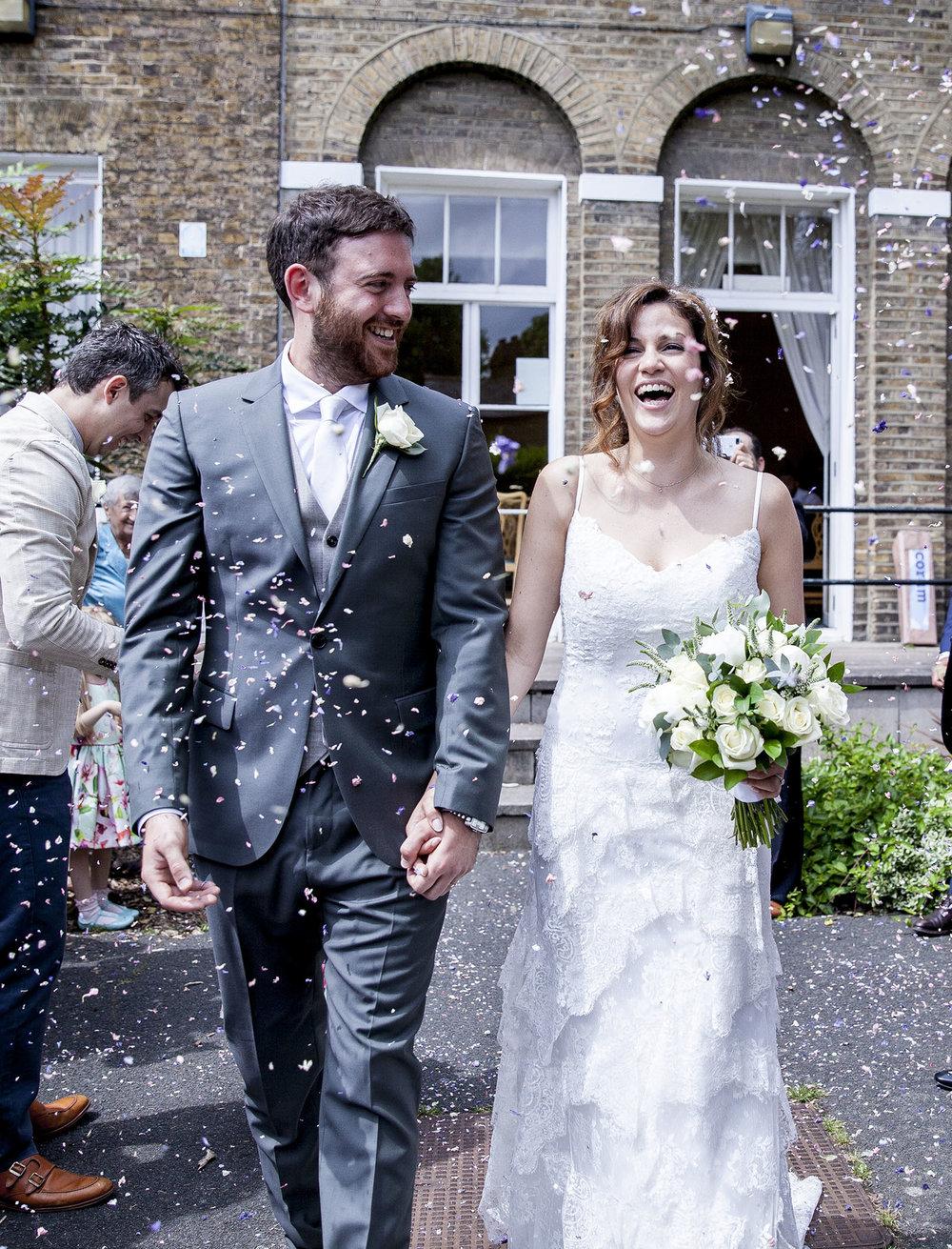 elizabethgphotography_kingslangley_hertfordshire_fineart_wedding_enfield_ricky_nicole_nahlis_24.jpg