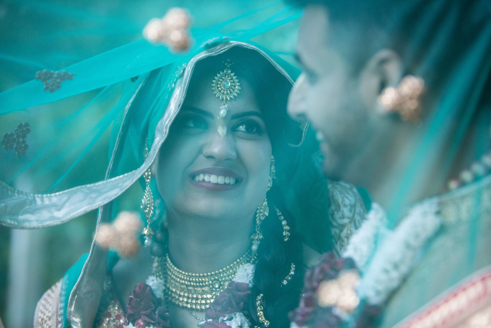 elizabethgphotography_kingslangley_hertfordshire_fineart_indian_wedding_photography_jigna_bhuja_bhaktivedanta_manor_watford_15.jpg