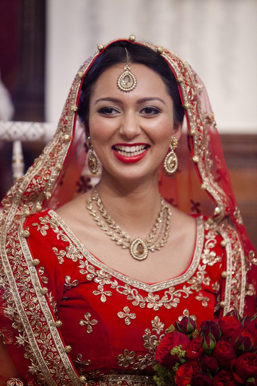 elizabethgphotography_kingslangley_hertfordshire_fineart_indian_wedding_photography_bhavesh_kundalata_bhaktivedanta_manor_watford_jpg27.jpg