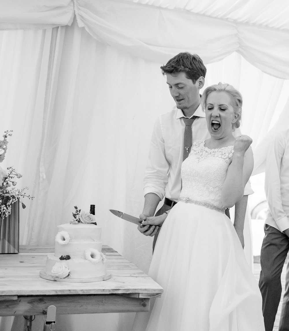 elizabethgphotography_kingslangley_hertfordshire_fineart_wedding_pottersbar_matt_katie_pegg_43.jpg