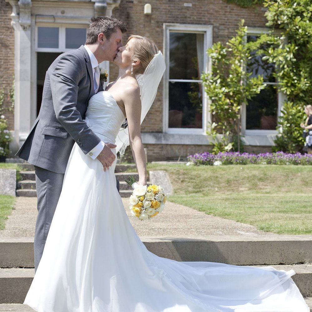 elizabethg_fineart_photography_hertfordshire_rachel_adam_wedding_highelmsmanor_29.jpg