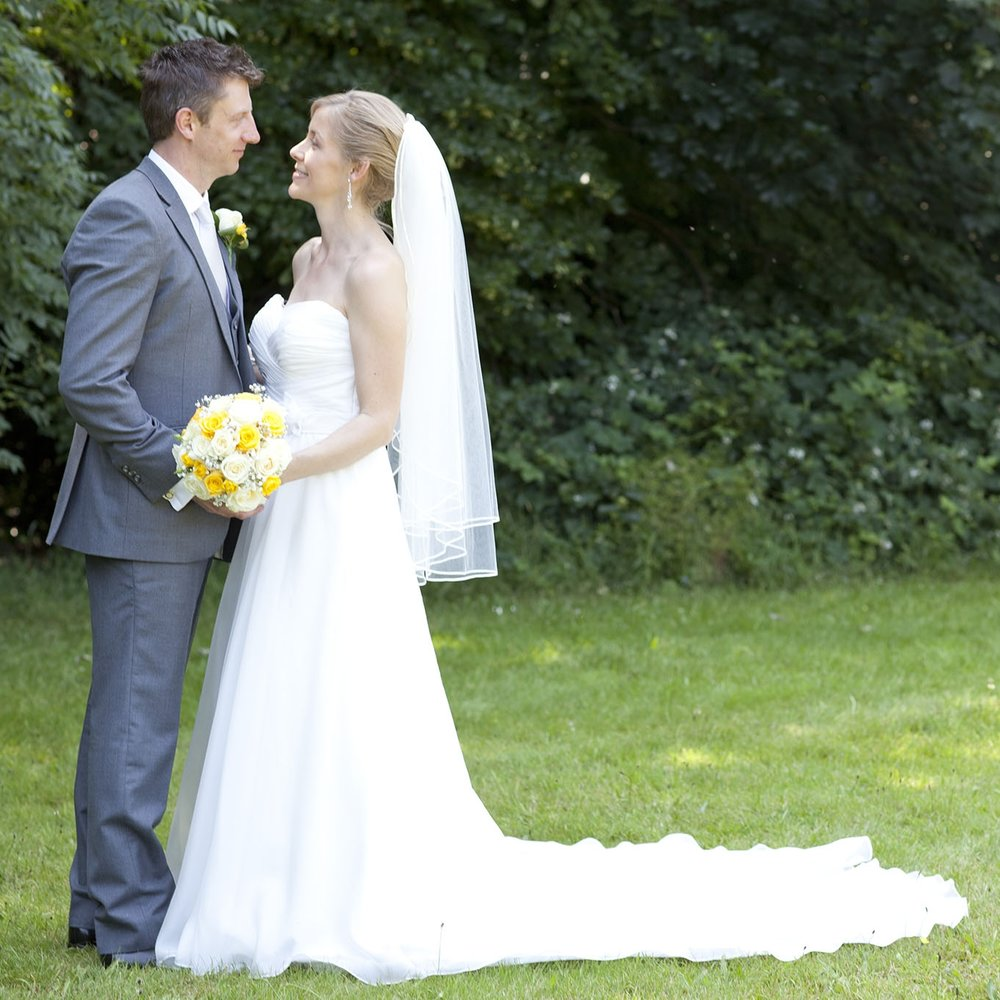 elizabethg_fineart_photography_hertfordshire_rachel_adam_wedding_highelmsmanor_31.jpg