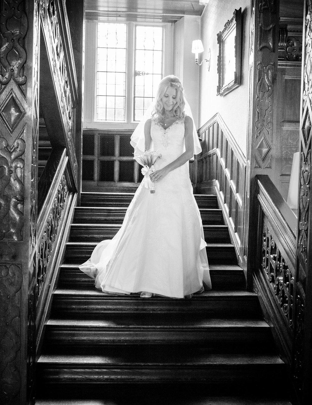 elizabethg_photography_hertfordshire_fineart_photographer_wedding_photography_sandra_lee_hanbury_manor_ware_16.jpg